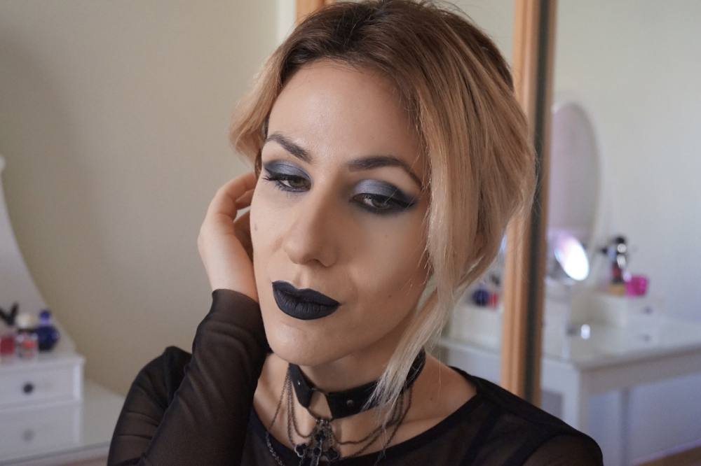 everlasting-liquid-lipstick-witches