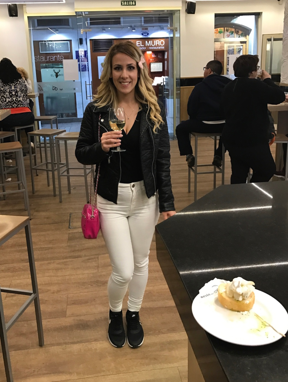 Deliria Rose Logroño 6