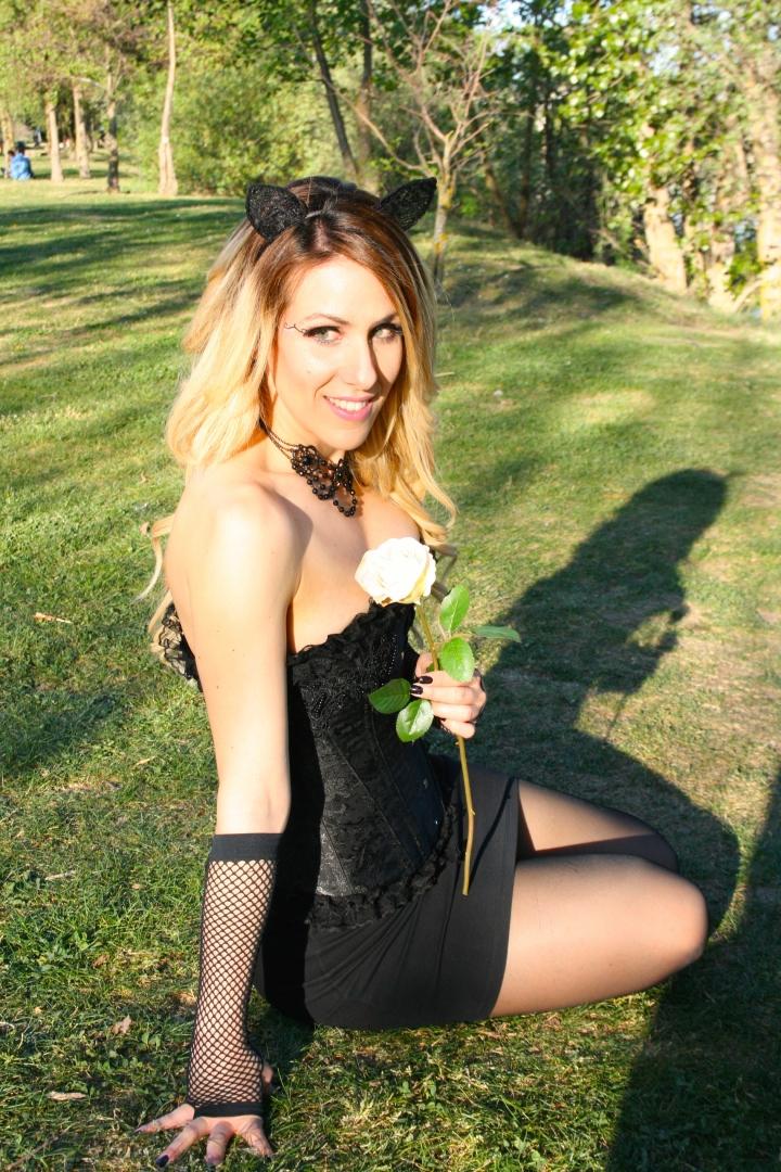 Deliria Rose The White Rose 5