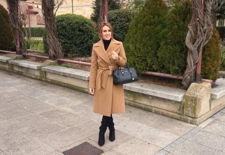 Deliria_Rose_Abrigo_Camel3