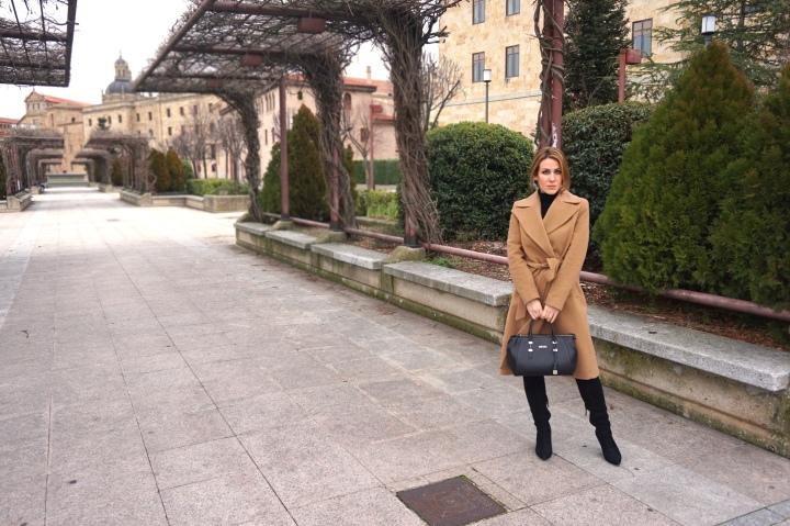 Deliria_Rose_Abrigo_Camel4