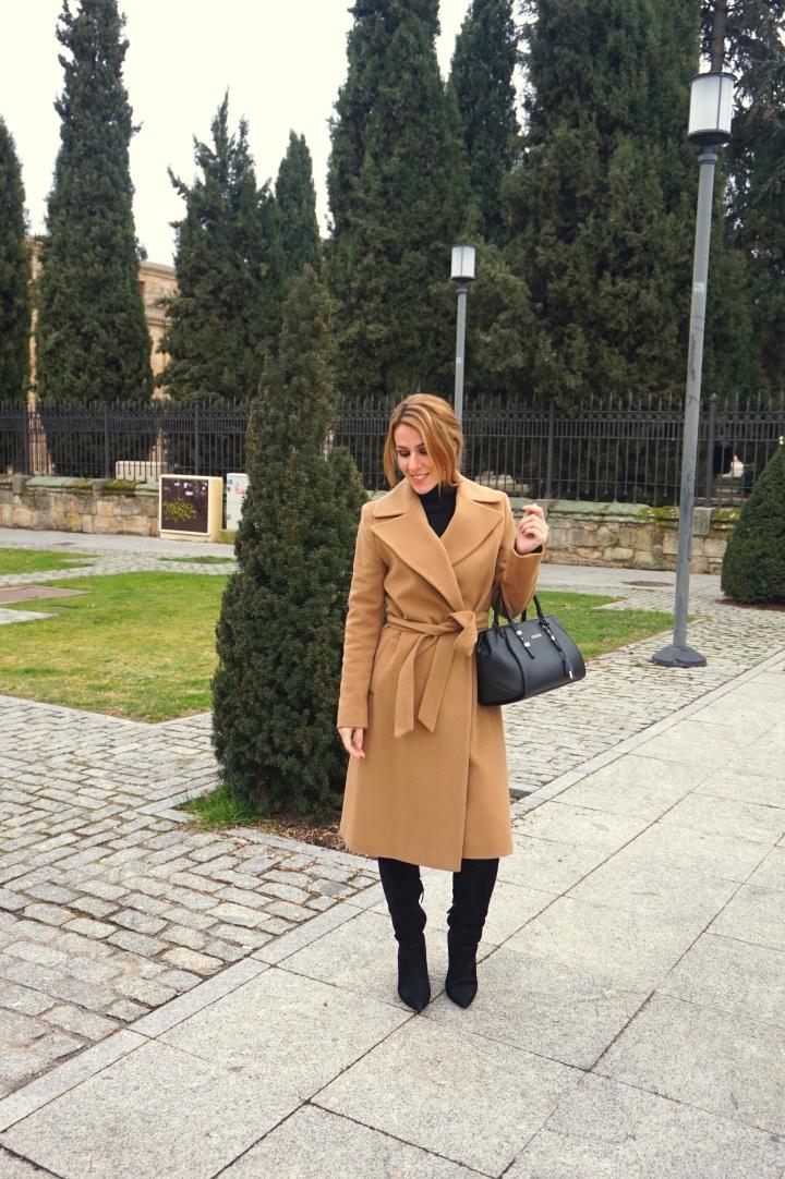 Deliria_Rose_Abrigo_Camel6